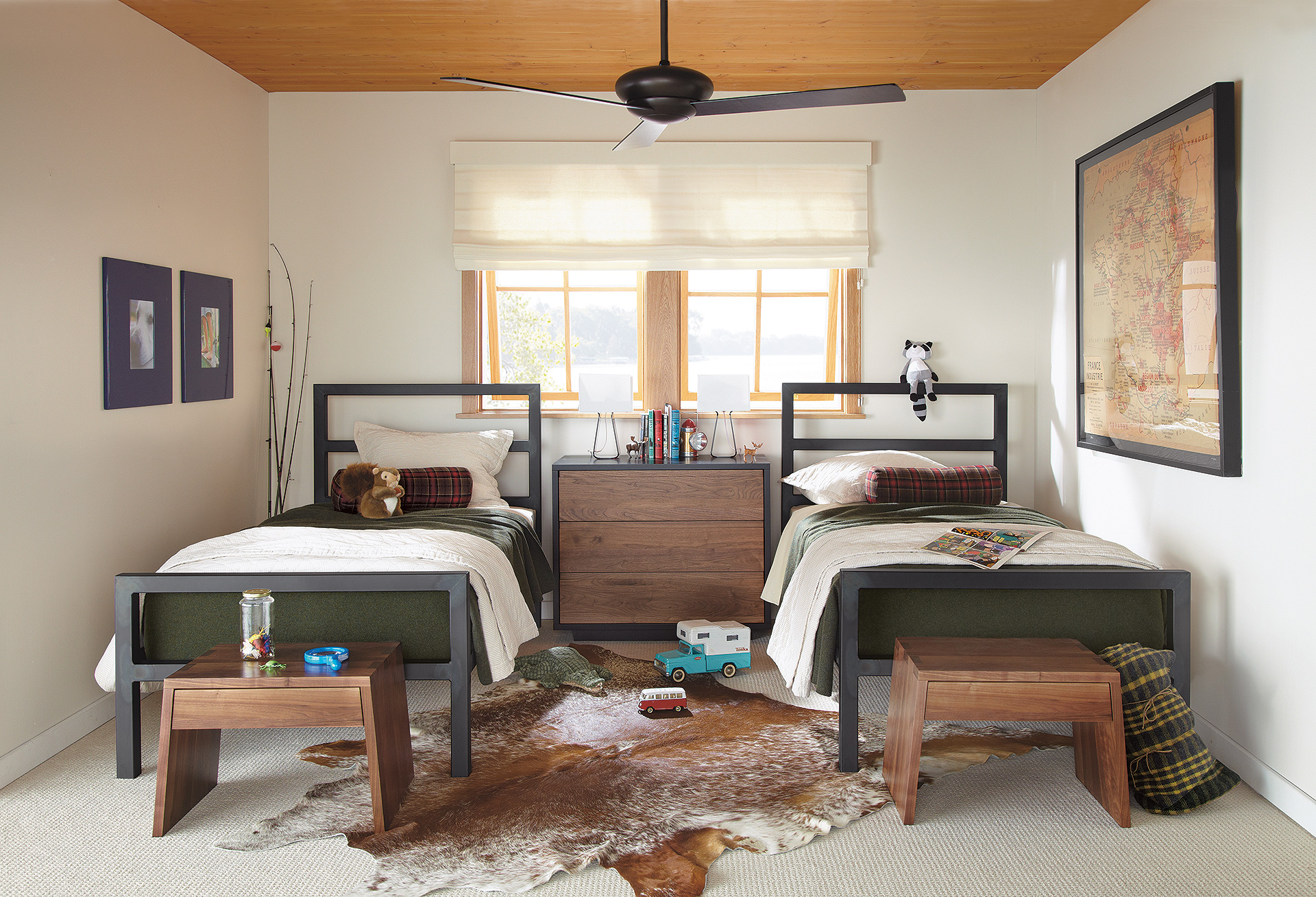 Parsons twin beds