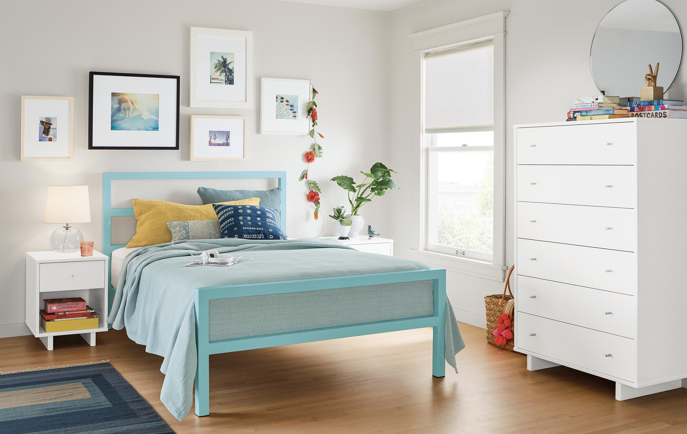 Parsons bed in ocean and white Moda dresser