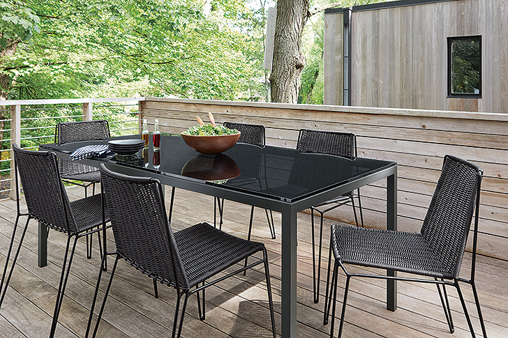 Outdoor dining with modern furniture