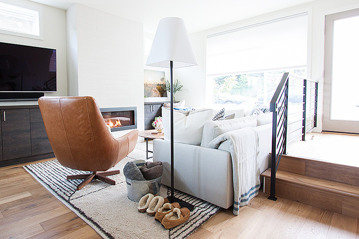 Living room with modern floor lamp