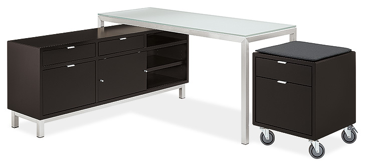Benching systems include a Portica desk, Copenhagen storage bench and file cabinet