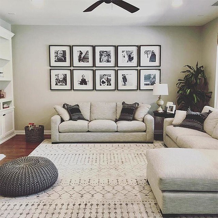 Living room with Metro sofa and modern frame wall